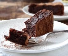 sunken-drunken-chocolate-cake-gluten-free-plus-ate-six-5