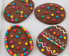 cookies de chocolate decorados